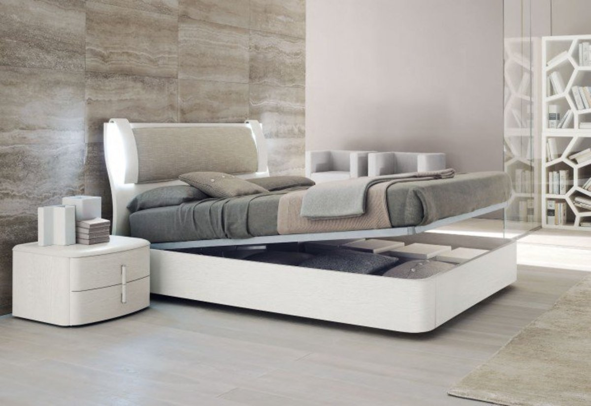 Surprising-Modern-Bedroom-with-White-Reclinig-Bed-Furnished-with-Gray-Cover-also-Pillows-of-Modern-Bedroom-Furniture-Completed-with-Nightstand-Drawers-and-Density-Rug-718x494