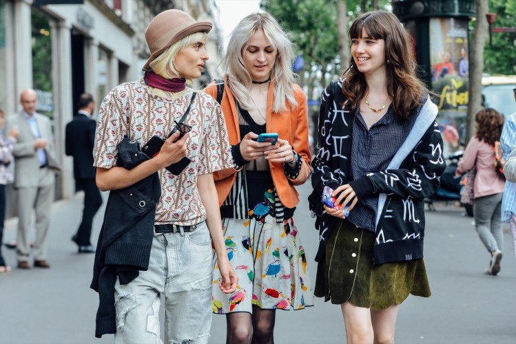 07-fall-2015-couture-street-style-07