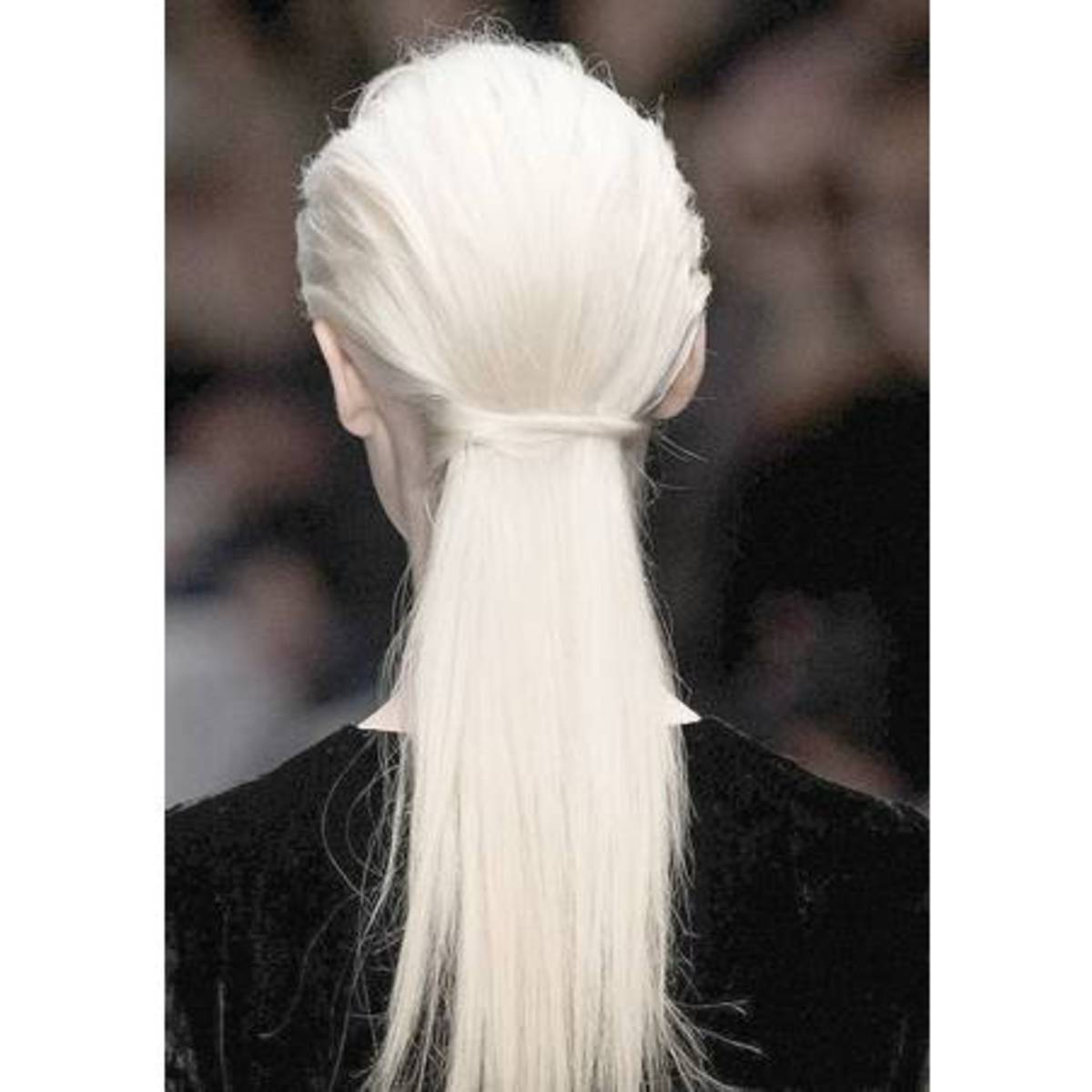 Cheveux-blancs-femme_reference2