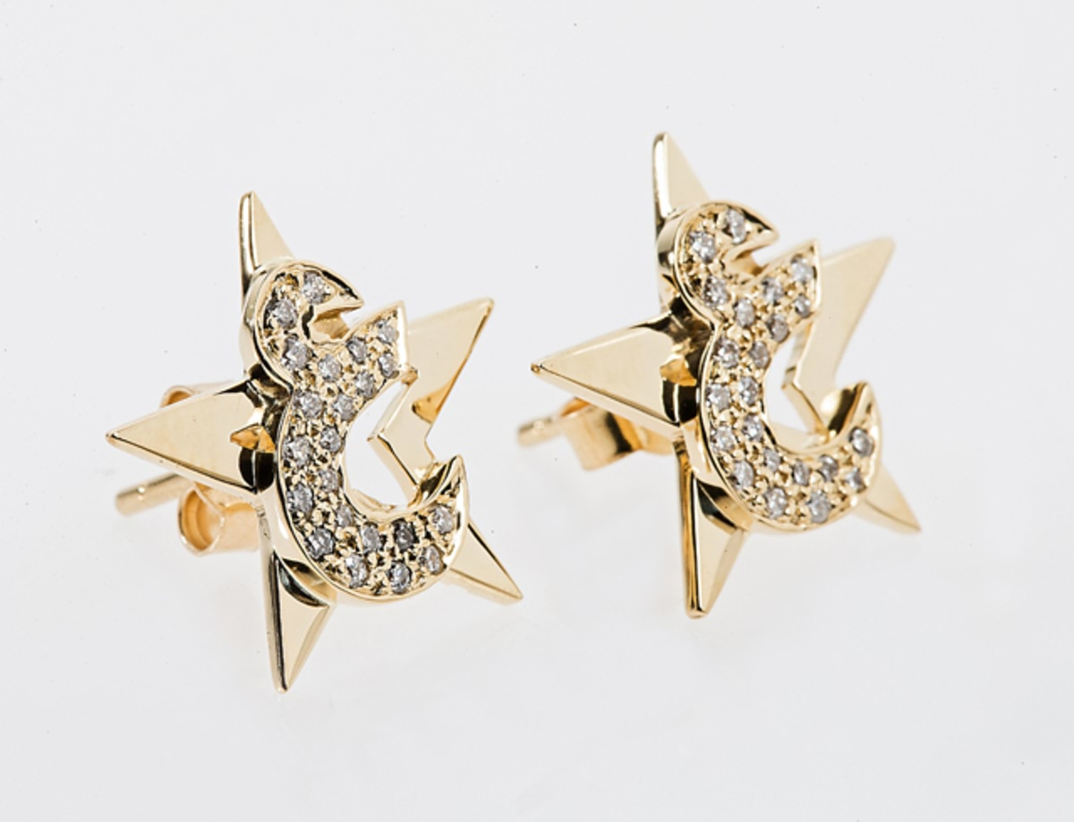 Star Earring w-  Diamond Letter 'EIN'