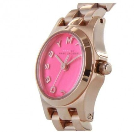 MARC BY MARC JACOBS HENRY DINKY WATCH IN ROSE GOLD/KNOCKOUT PINK:
