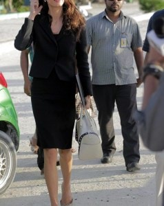 2C14A94700000578-3226705-Getting_to_work_Amal_Clooney_visited_Maafushi_jail_in_the_Maldiv-a-26_1441734694113