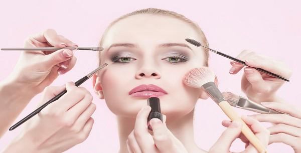 How-to-put-on-makeup