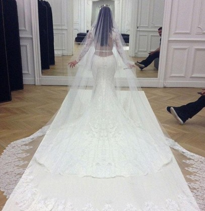 Kim-Kardashians-Wedding-Dress