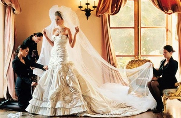 Melania_Knauss_Wedding_Dress_ (1)