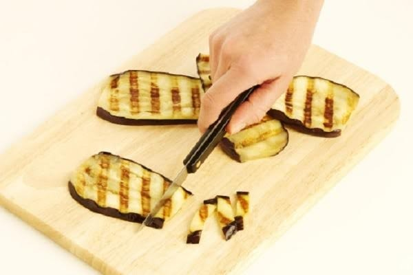 Step 2 - Cutting grilled aubergine