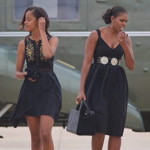 Malia-Michelle-Obama-Wearing-Similar-Clothes