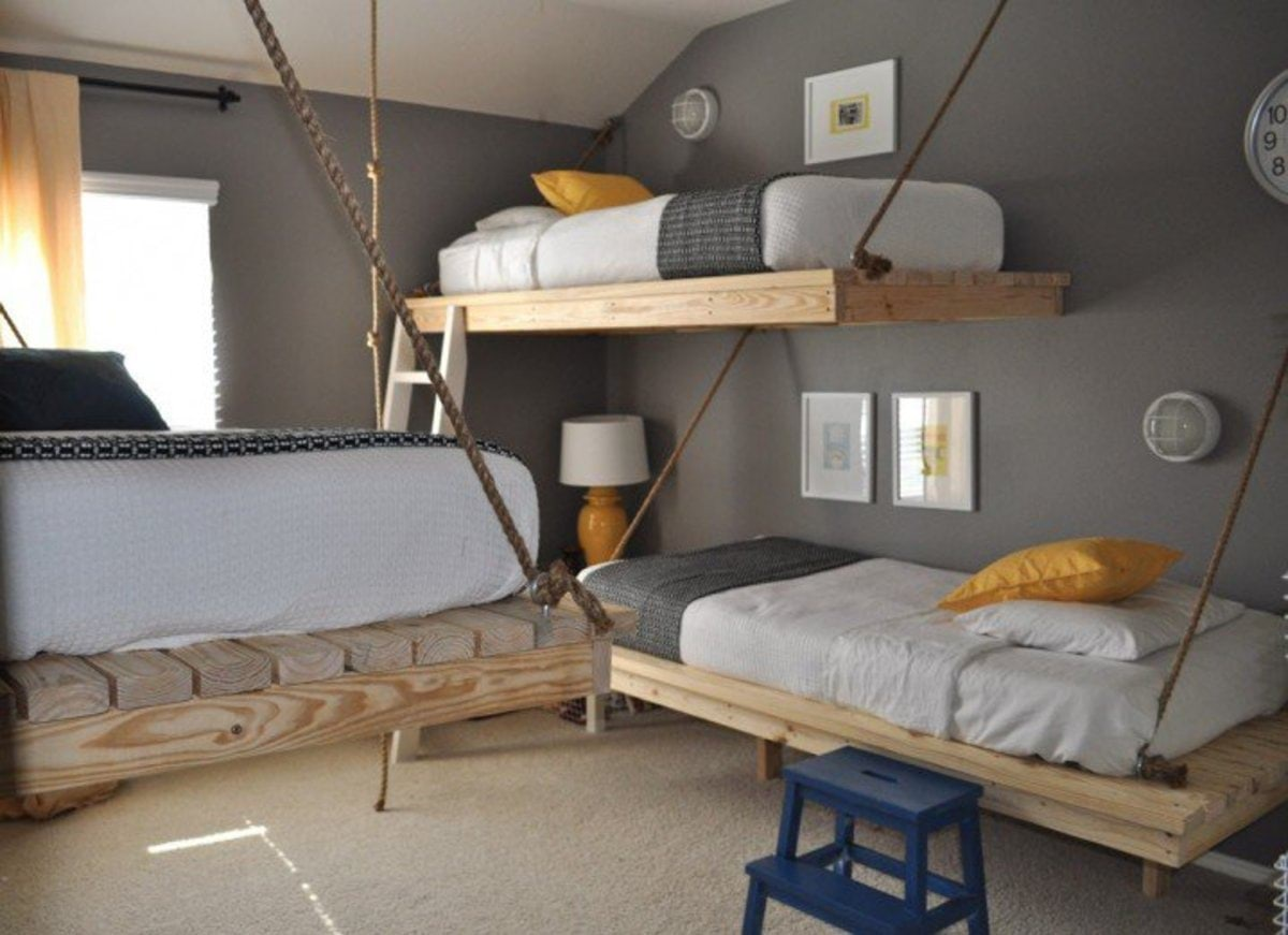 gray-yellow-white-bedroom-suspended-beds-718x521