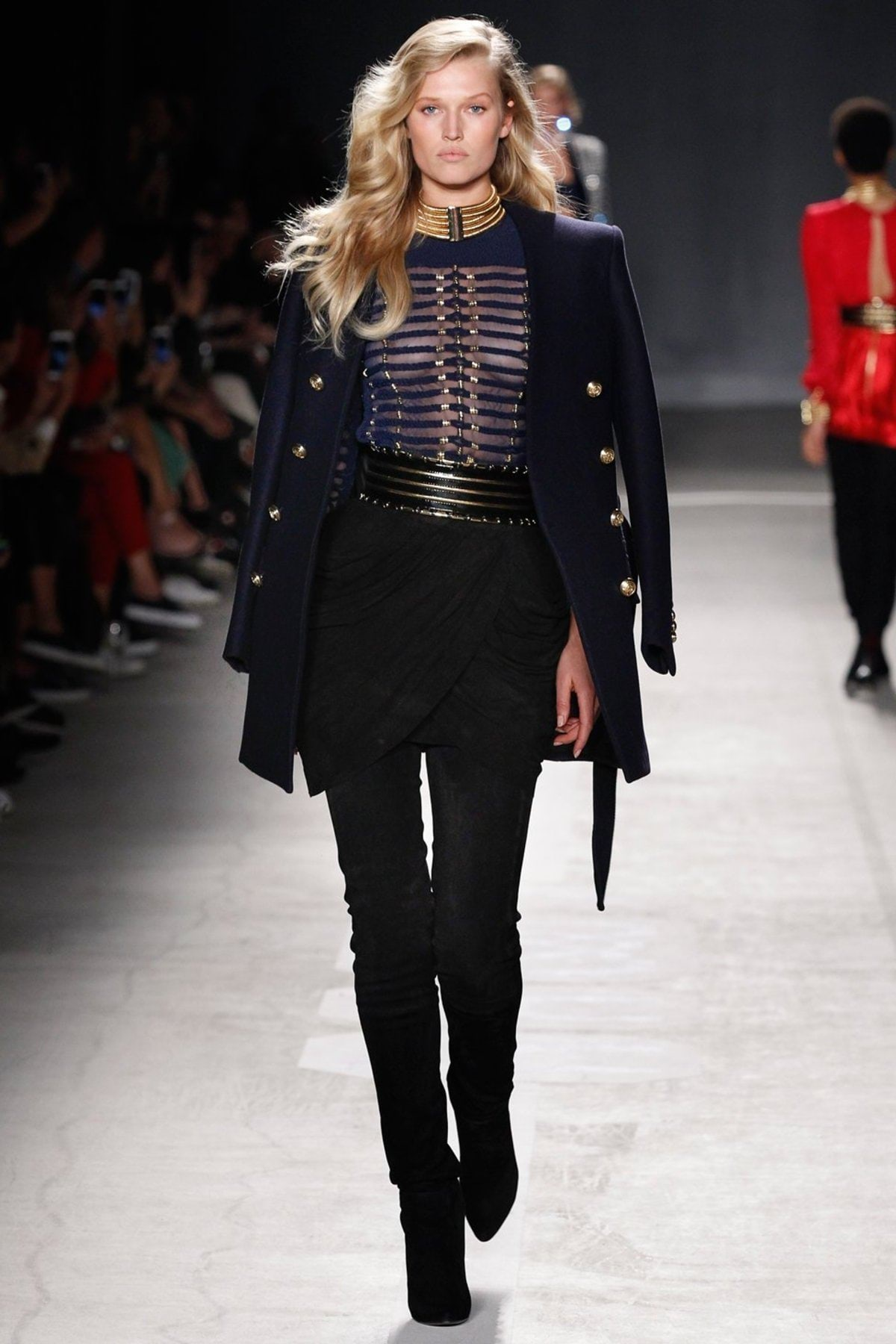 h-and-m-balmain-runway-fall-2016-33