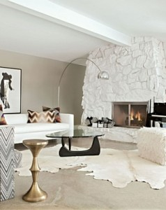 Modern-living-room-with-rustic-accents-10
