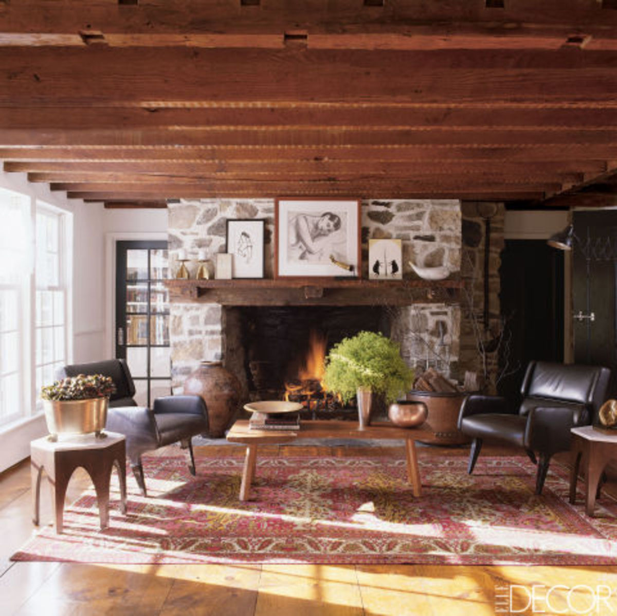 gallery-1445623211-fireplaces-015