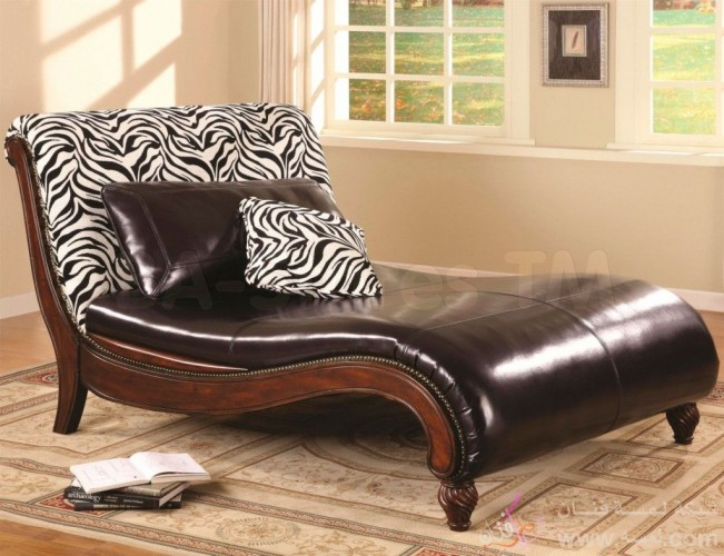 interior-living-room-furniture-favored-zebra-themes-brown-le-1024x786