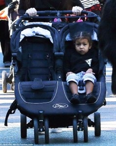 2F604D9300000578-3360096-Big_day_North_rested_in_her_stroller_as_she_celebrated_cousins_M-m-61_1450143697336
