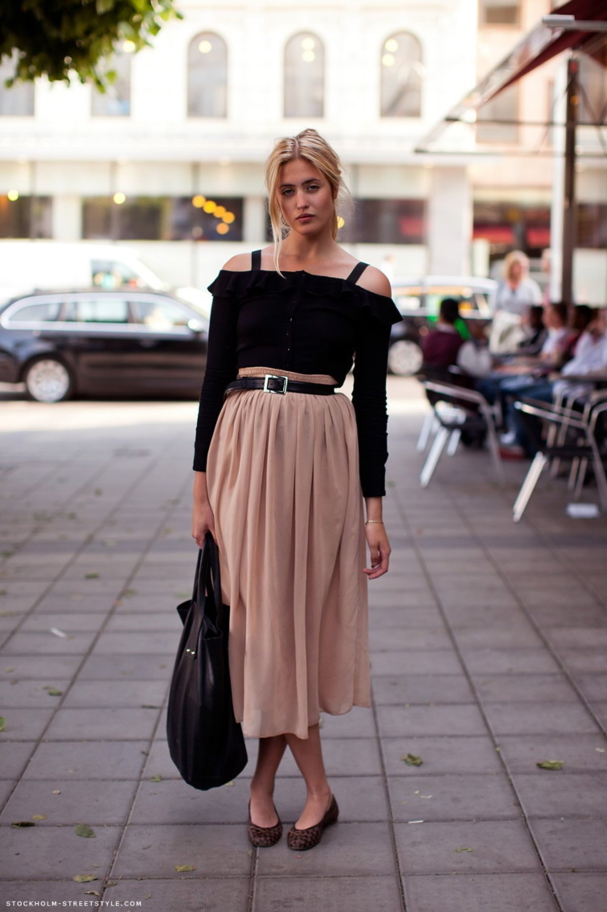 My-Favorite-Ways-To-Wear-A-Pleated-Skirt-This-Summer-8