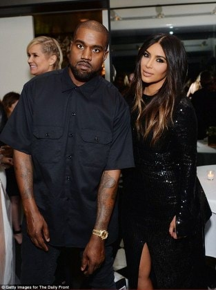 326A8BEA00000578-3502222-Kim_Kardashian_and_Kanye_West_stopped_by_the_Fashion_Los_Angeles-m-11_1458541697277