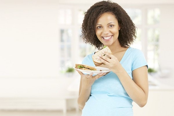 Eating-Bread-During-Pregnancy