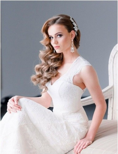 Latest-Wedding-Hairstyle-Trends-for-Brides-5