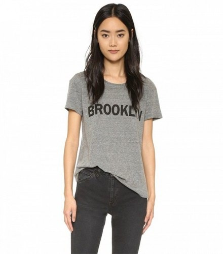 the-t-shirt-style-everyone-is-wearing-right-now-1728256-1460413868.600x0c