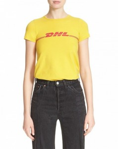 the-t-shirt-style-everyone-is-wearing-right-now-1728261-1460413870.600x0c