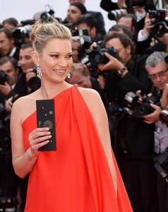 343F8DC400000578-3593401-Making_her_return_This_is_Kate_s_first_Cannes_Film_Festival_sinc-a-21_1463426557365