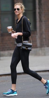 Super Model Karlie Kloss goes for a coffee morning before hit the gym