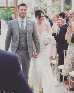 34CDDAD400000578-3618808-Just_married_Rick_Edwards_wed_Emer_Kenny_in_a_ceremony_at_London-m-31_1464737879738