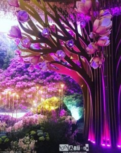 3513C48500000578-3632535-Incredible_The_magical_forest_at_the_entrance_of_the_venue_inclu-a-28_1465463218002