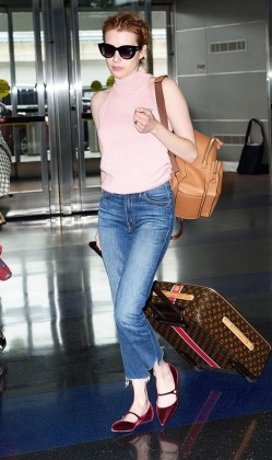 7-summer-airport-outfits-you-already-own-1808603-1466120028.640x0c