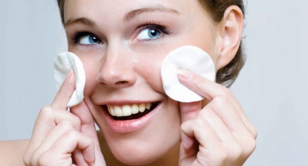 Products-to-get-rid-of-acne-and-prevent-scarring-topical-treatment