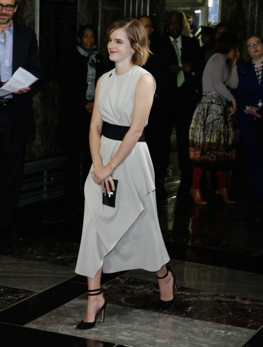 emma-watson-spring-work-outfit