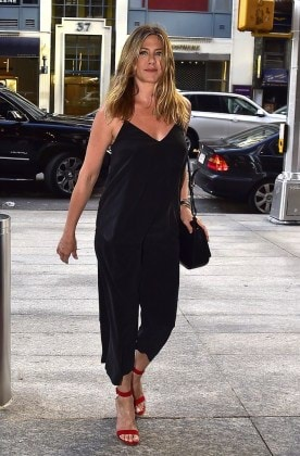 jennifer-aniston-nobu-black-jumpsuit