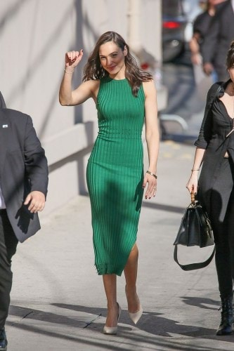 spring-work-outfit-gal-gadot