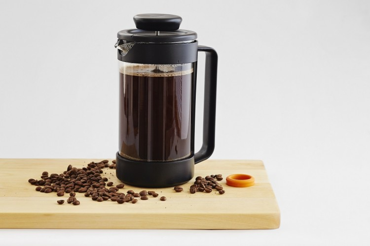 1016127_Functional_Form_coffee_press_with_ingredient_coffee_beans_coffee