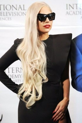 1451149785-mcx-celebrity-rapunzel-hair-lady-gaga-11-21-11-getty