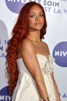 1451149786-mcx-celebrity-rapunzel-hair-rihanna-5-6-11-getty