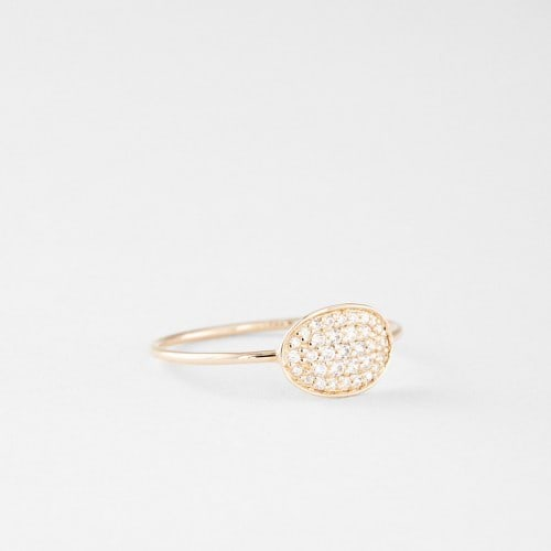 15-non-traditional-engagement-rings-the-everygirl (4)