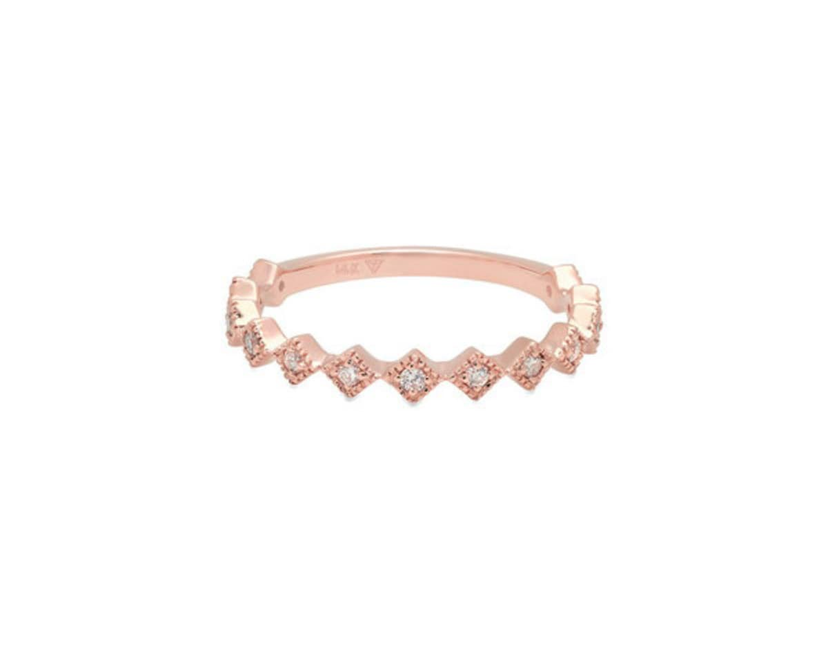 15-non-traditional-engagement-rings-the-everygirl (8)(2)