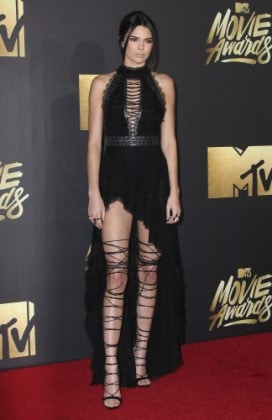 Kendall Jenner attends the 2016 MTV Movie Awards