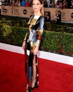 Alicia-made-everyone-look-twice-when-she-walked-SAG-Awards-red