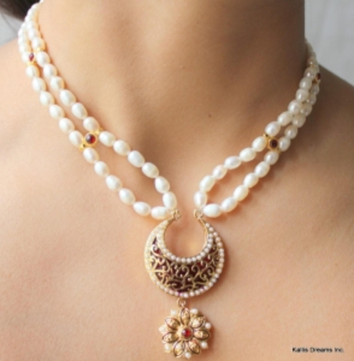 An-account-on-hand-crafted-temple-jewelry