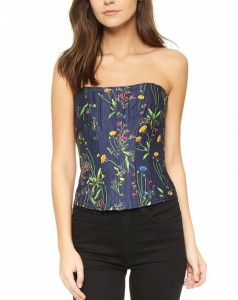 corset-tops-are-back-and-already-gaining-popularity-1833878-1468336721.600x0c
