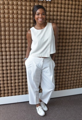 gabrielle-union-casual-outfit-all-white-outfit