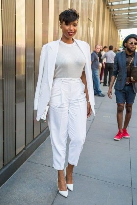 jennifer-hudson-all-white-outfit