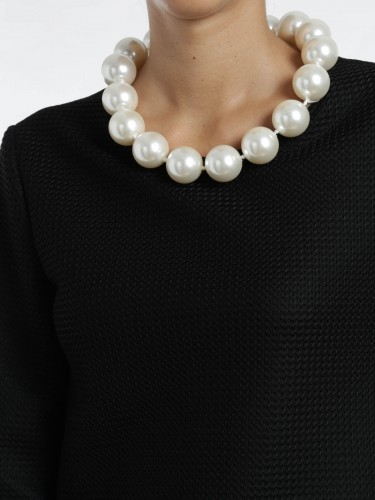moschino-boutique-buy-online-dress-with-pearl-necklace-00000049349f00s035