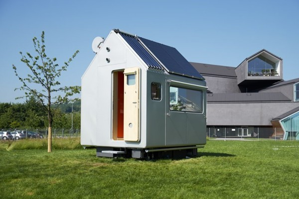 well-known-architect-renzo-piano-designed-the-diogene-as-a-mini-house-prototype-for-german-furniture-company-vitra