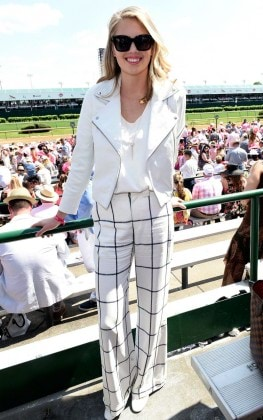 LOUISVILLE, KY - MAY 06: The 2016 Oaks First Lady Kate Upton attends the 2016 Kentucky Oaks at Churchill Downs on May 6, 2016 in Louisville, Kentucky. (Photo by Gustavo Caballero/Getty Images for Churchill Downs)