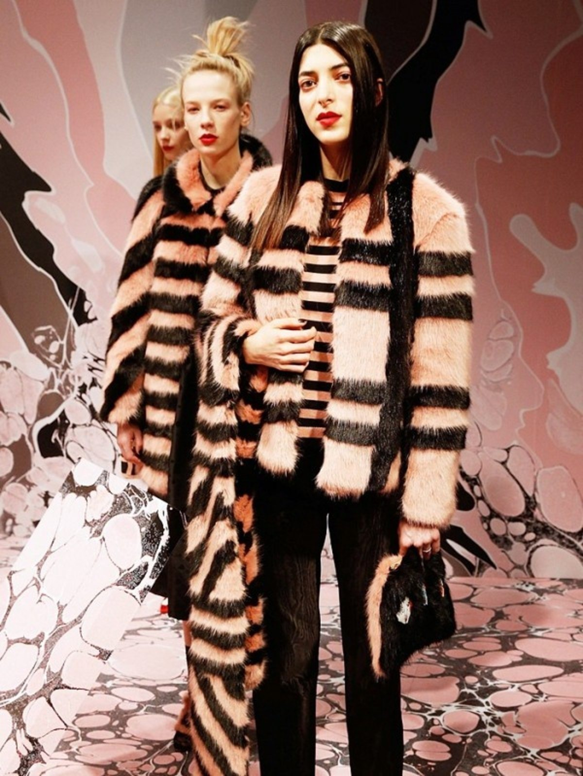 10-best-winter-coats-from-leopard-print-to-military-1856395-1470147550.600x0c