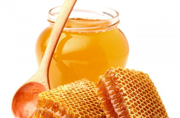 Honey-can-also-be-used-as-a-body-scrub