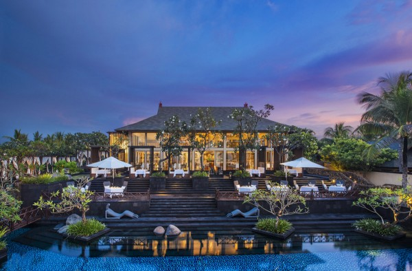 The St. Regis Bali - The Exterior of Kayuputi Restaurant at Dusk