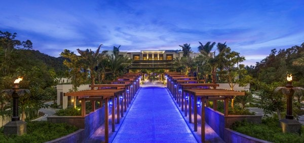 The St. Regis Langkawi - Grand Driveway to Porte Cochere